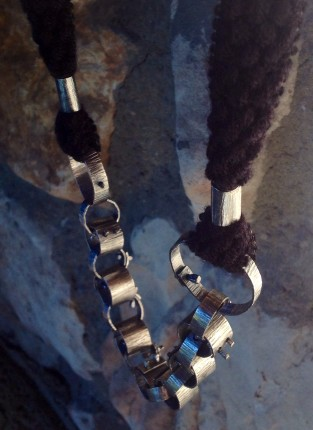 Collar Manacle 3